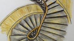 Wendeltreppe mit Wandvertäfelung