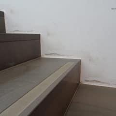 Stufen bis zur Wand - stylisch aber empfindlich